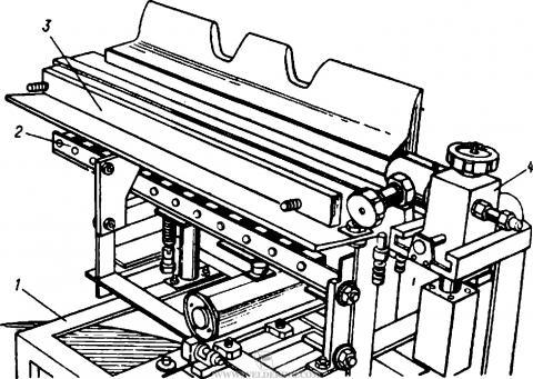 Установка для наплавки неподвижным лежачим электродом