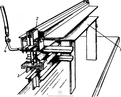 Установка для наплавки неподвижным плавящимся электродом